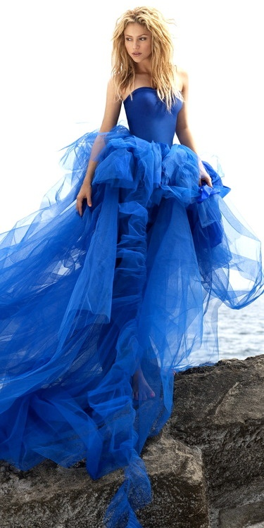 Stunning-blue-fashion-style