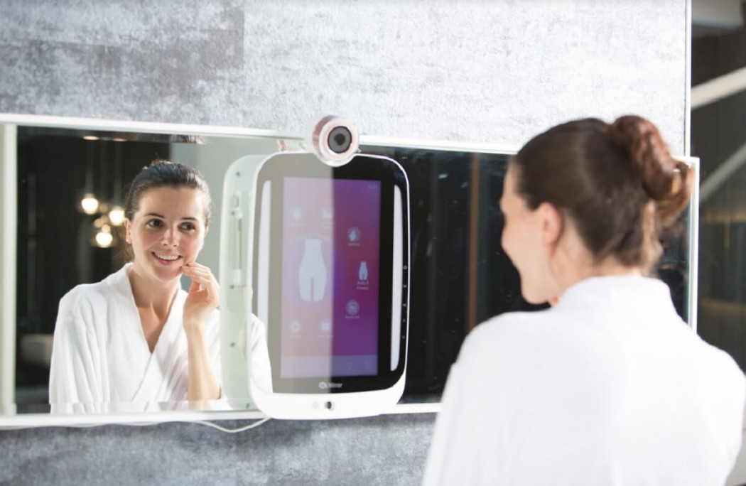 Himirror Plus The Intelligent Mirror Caramel Candy